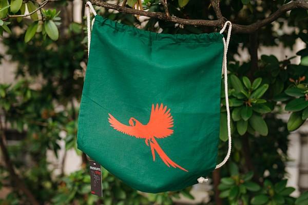 Rucksack Ara fliegend flaschengrün